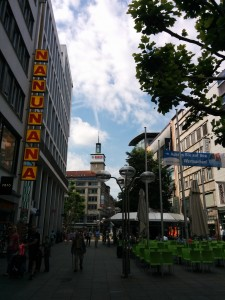 My last glimpse (for who knows how long) of Königstrasse. The main street of Stuttgart.